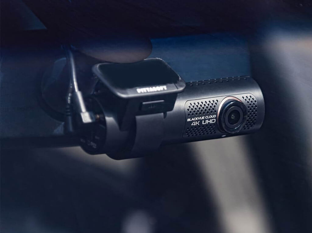 Dashcam inbouwen blackvue